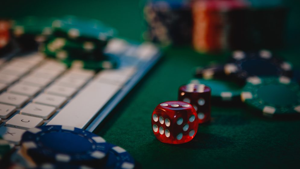 Prioritizing Your Gambling To Obtain One Of The Most Out Of Your Organization