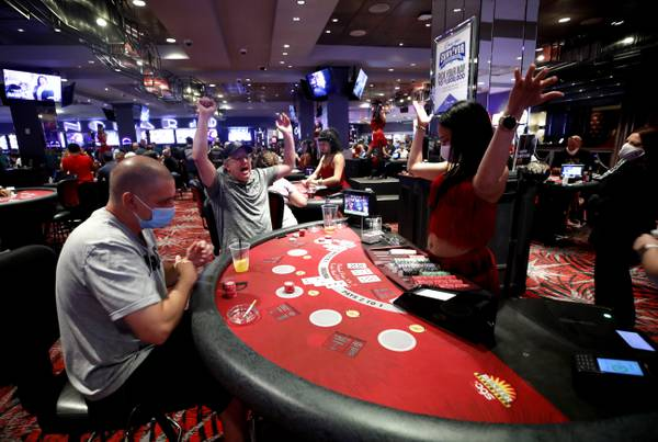 Unheard Methods To realize Larger Casino